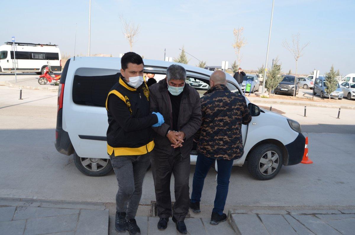 Aksaray daki miras kavgasında gelinin 4 bıçak darbesi aldığı tespit edildi #4
