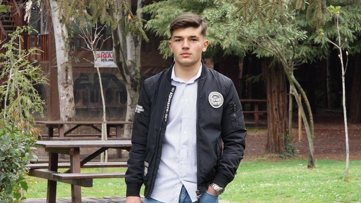 Apple, yeni reklam yüzü için Trabzonlu lise öğrencisini seçti