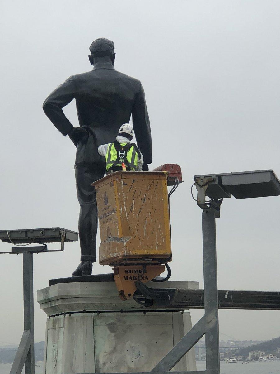 İBB, Atatürk anıtına bakım yaptı #2