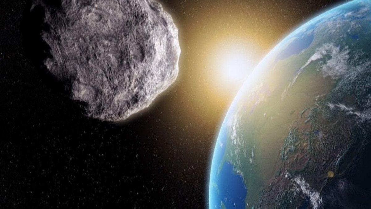 NASA: Futbol sahası büyüklüğünde göktaşı Dünyaya yaklaşıyor