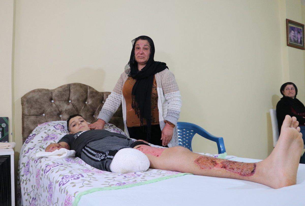 Adana da akıma kapılan Furkan ölümden döndü #3