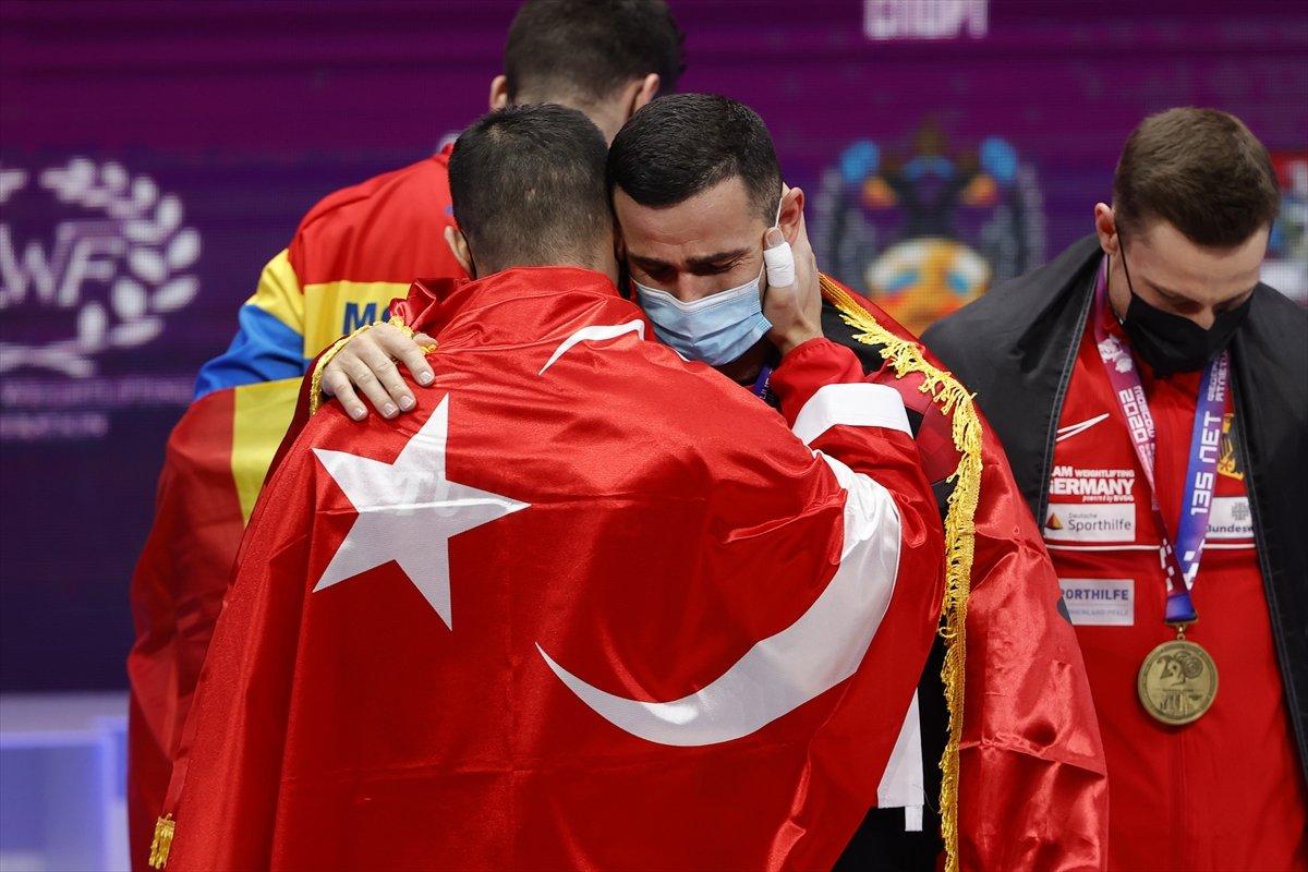 Milli halterci Daniyar İsmayilov Avrupa şampiyonu #12