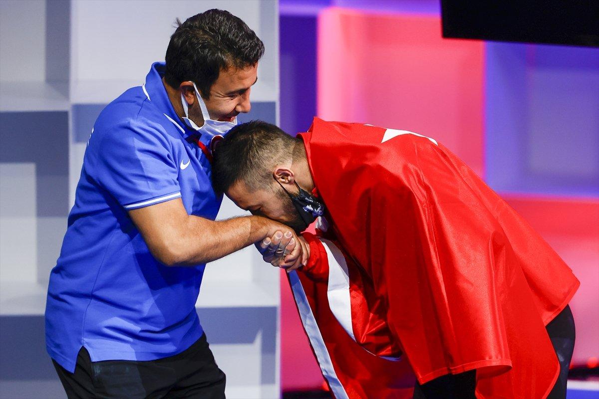 Milli halterci Daniyar İsmayilov Avrupa şampiyonu #10