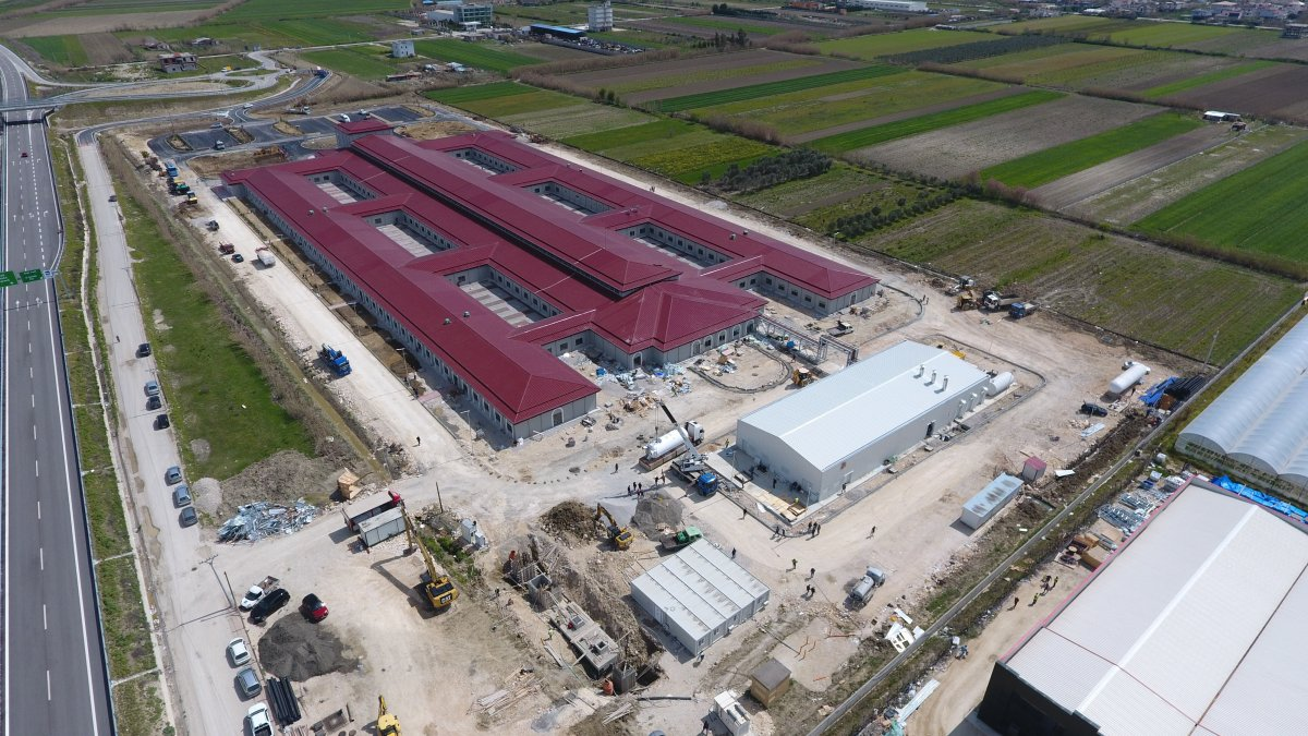 Türkiye sözünde durdu, Arnavutluk'ta 48 günde hastane inşa edildi #2