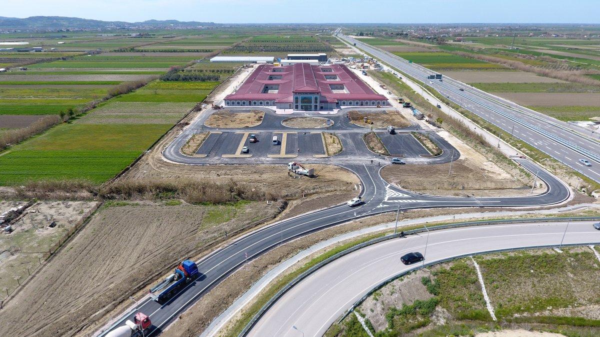 Türkiye sözünde durdu, Arnavutluk'ta 48 günde hastane inşa edildi #3