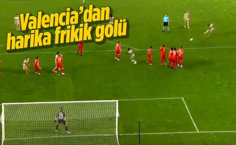 Valencia'dan şık frikik golü