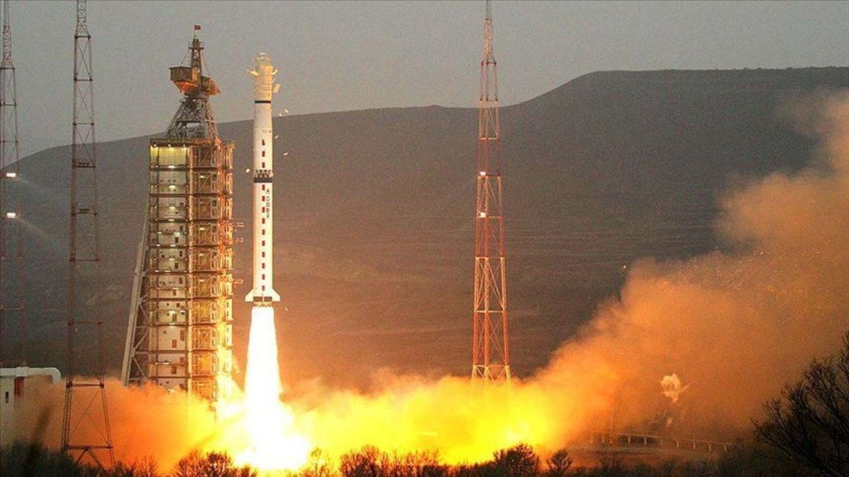 Çin, 3 milyar dolara uydu fırlatma merkezi inşa ediyor