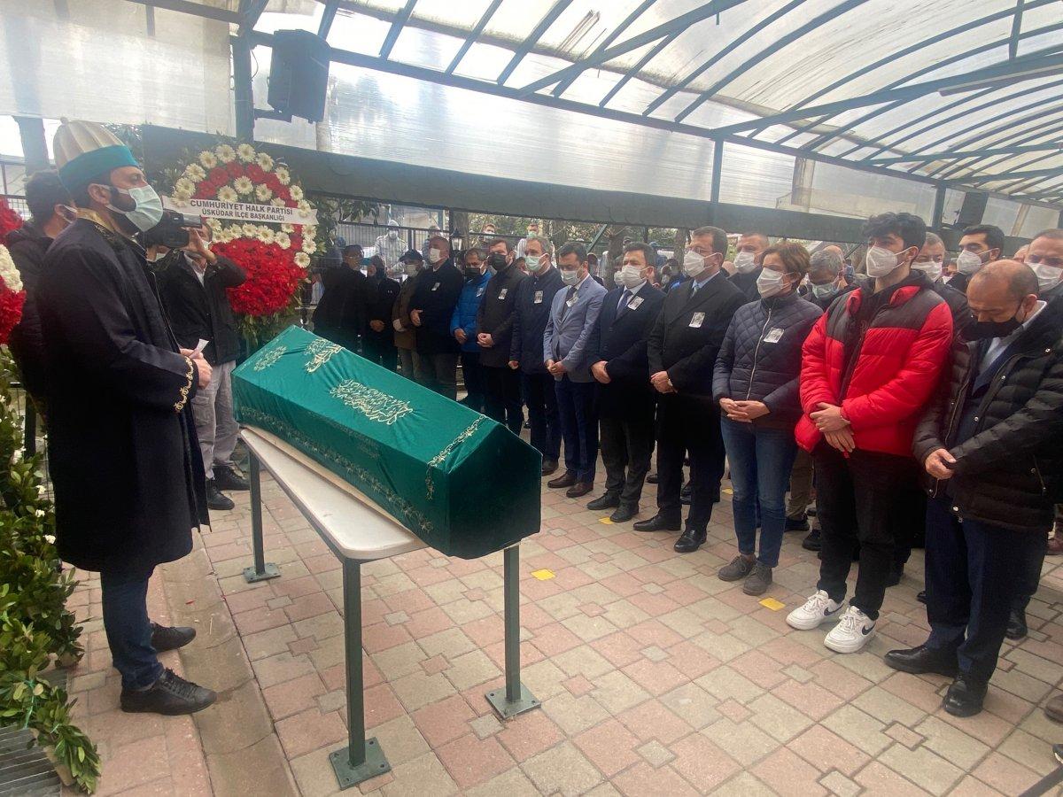 Canan Kaftancıoğlu, cenaze namazından en ön safta #1