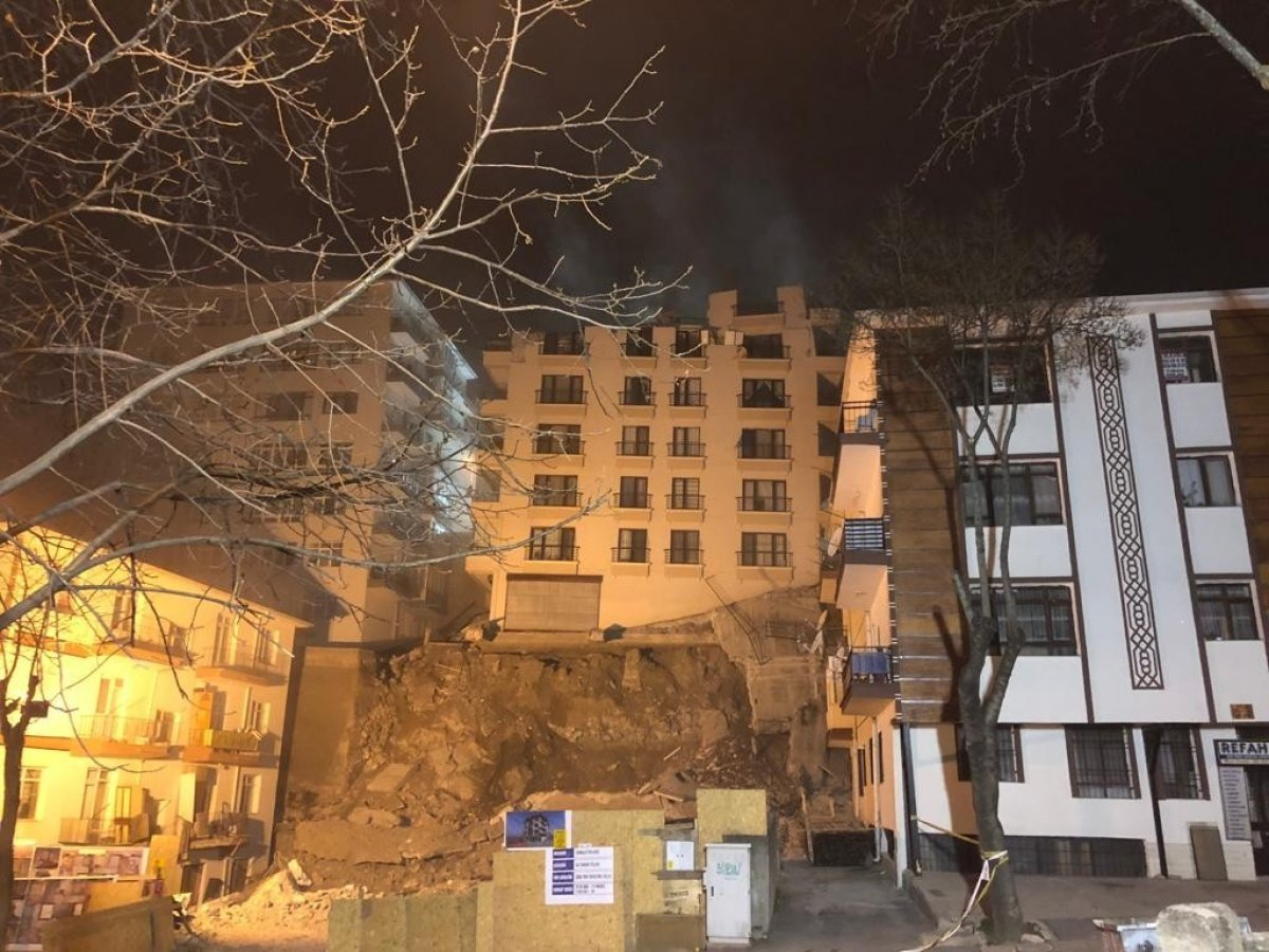 İçişleri Bakanı Soylu, mağduruz diyen Açelya apartmanı sakinini teselli etti #7