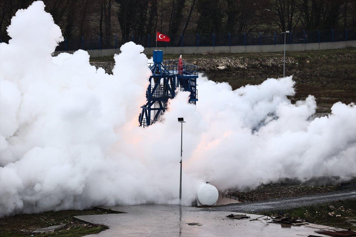Ay a gönderilecek hibrit roket motoru testten başarıyla geçti #2