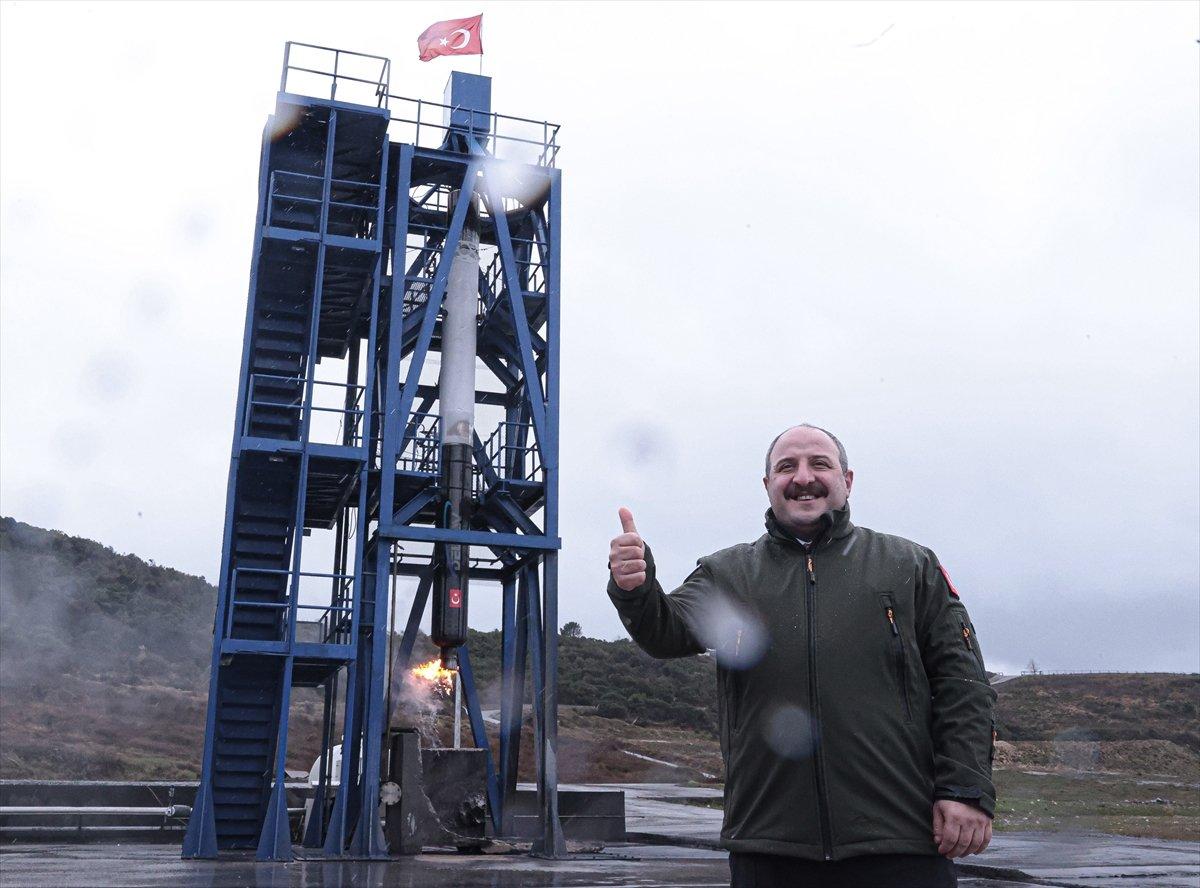 Ay a gönderilecek hibrit roket motoru testten başarıyla geçti #6
