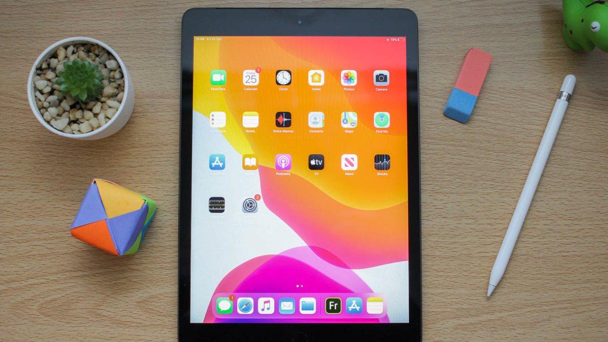 Apple, çip krizi nedeniyle iPad ve MacBookların üretimini erteledi
