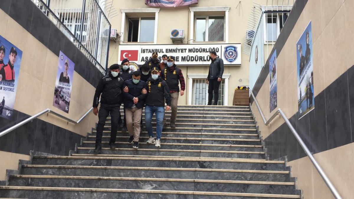 İstanbul da vurgun yapan  otomobil  dolandırıcıları yakalandı #4