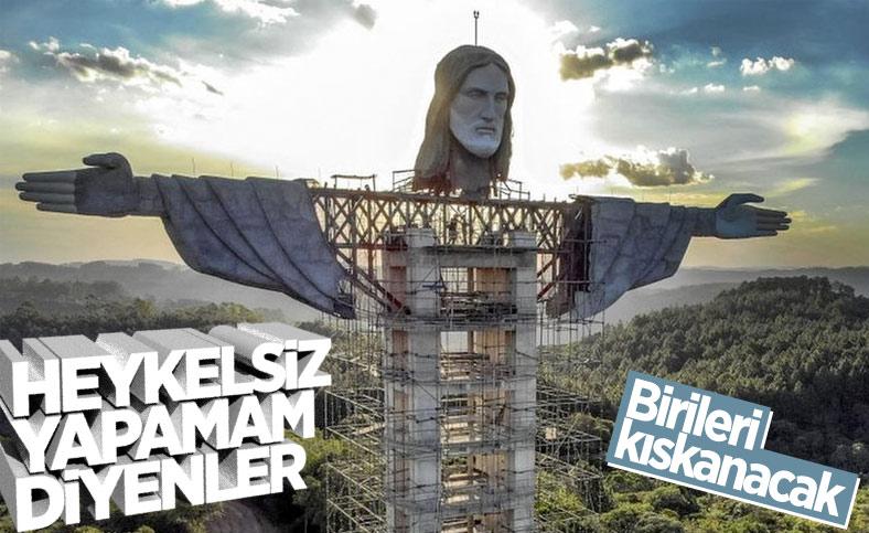 Brezilya'da 'Kurtarıcı İsa' heykeli yapılıyor