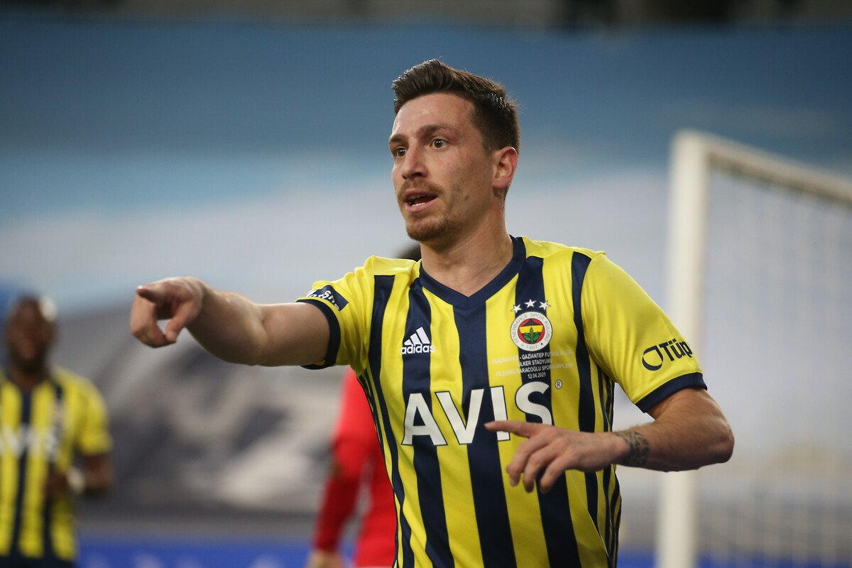 Fenerbahçe evinde Gaziantep i 3 golle mağlup etti #1