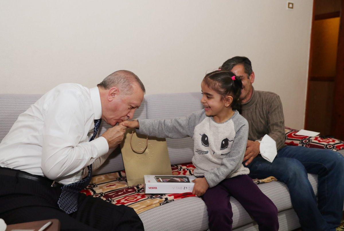 Cumhurbaşkanı Erdoğan bir vatandaşın evinde iftar yaptı #1
