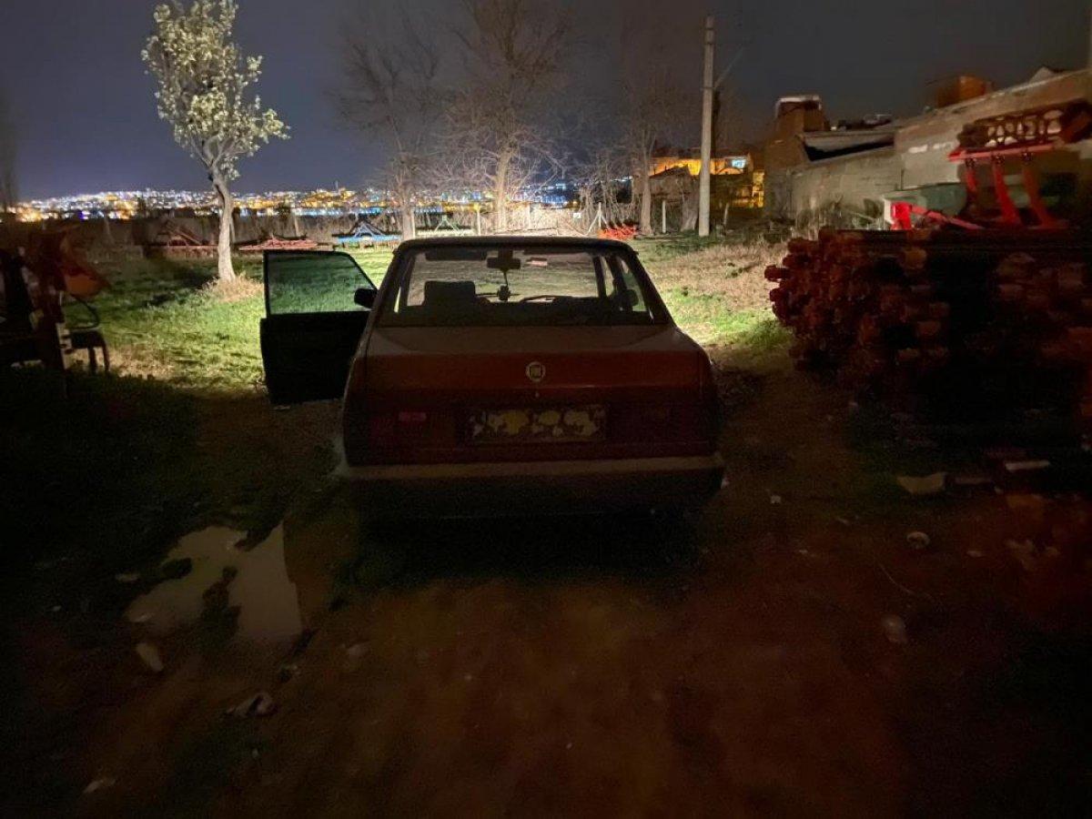 Bursa da oto hırsızları, polis kovalamacasında yakalandı #2