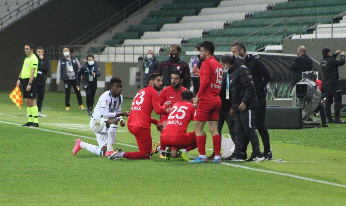 Maç esnasında oruç açan futbolcular, açıklama yaptı #6