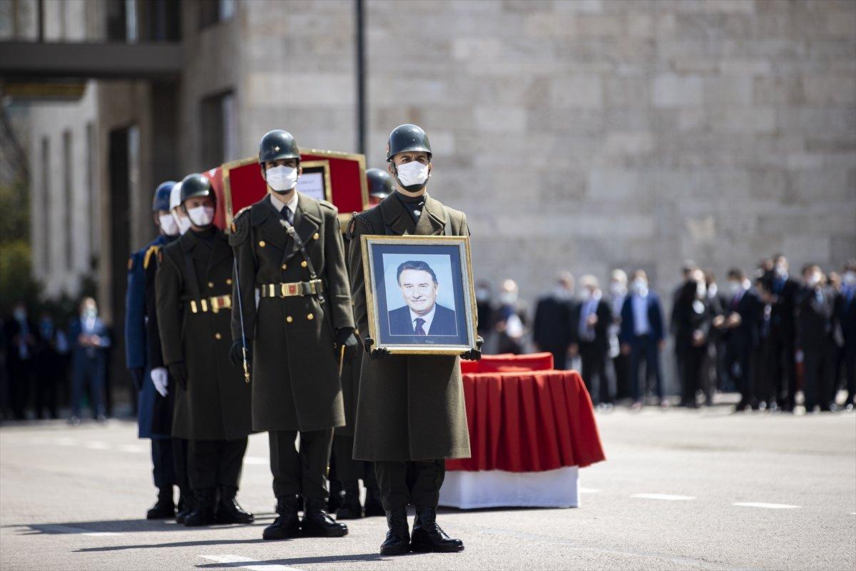 Cumhurbaşkanı Erdoğan, Yıldırım Akbulut un cenaze törenine katıldı #13