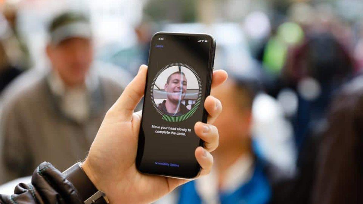 Meksikada hükümet, telefonlardan biyometrik verileri toplayabilecek