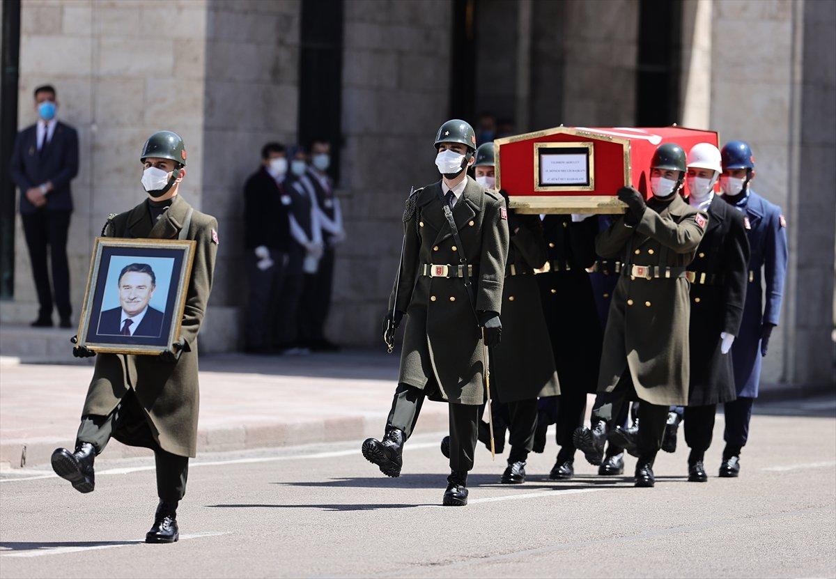 Cumhurbaşkanı Erdoğan, Yıldırım Akbulut un cenaze törenine katıldı #4