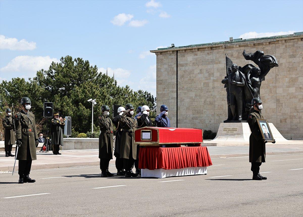Cumhurbaşkanı Erdoğan, Yıldırım Akbulut un cenaze törenine katıldı #5