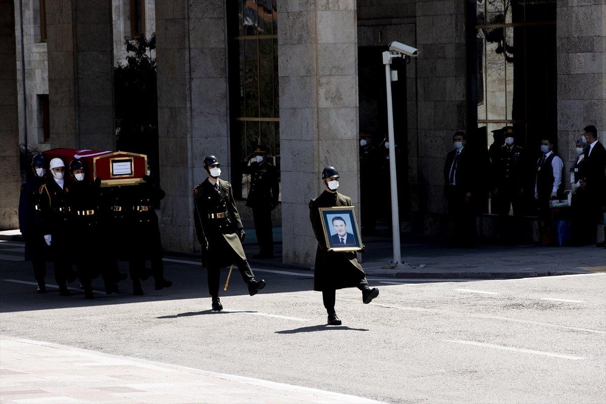 Cumhurbaşkanı Erdoğan, Yıldırım Akbulut un cenaze törenine katıldı #2