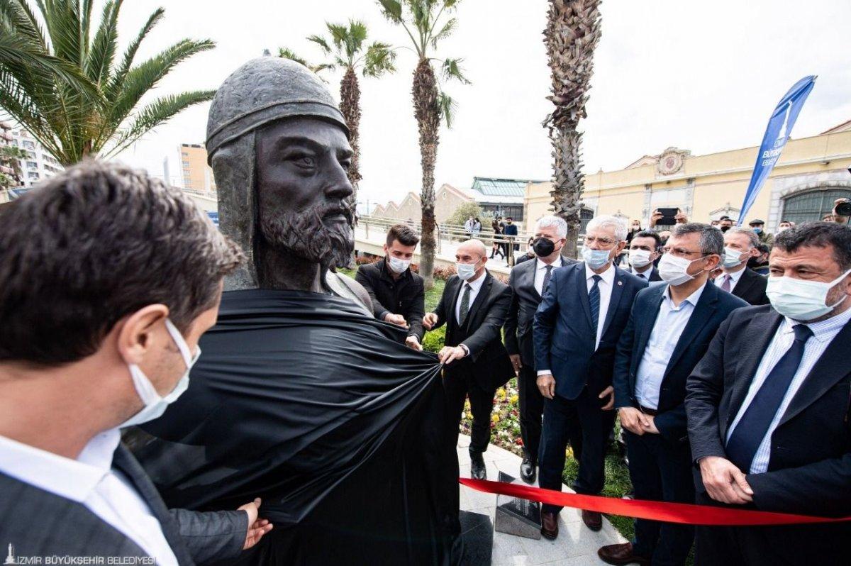 İzmir Büyükşehir Belediyesi nin heykel sayım ihalesi sonuçlandı #2