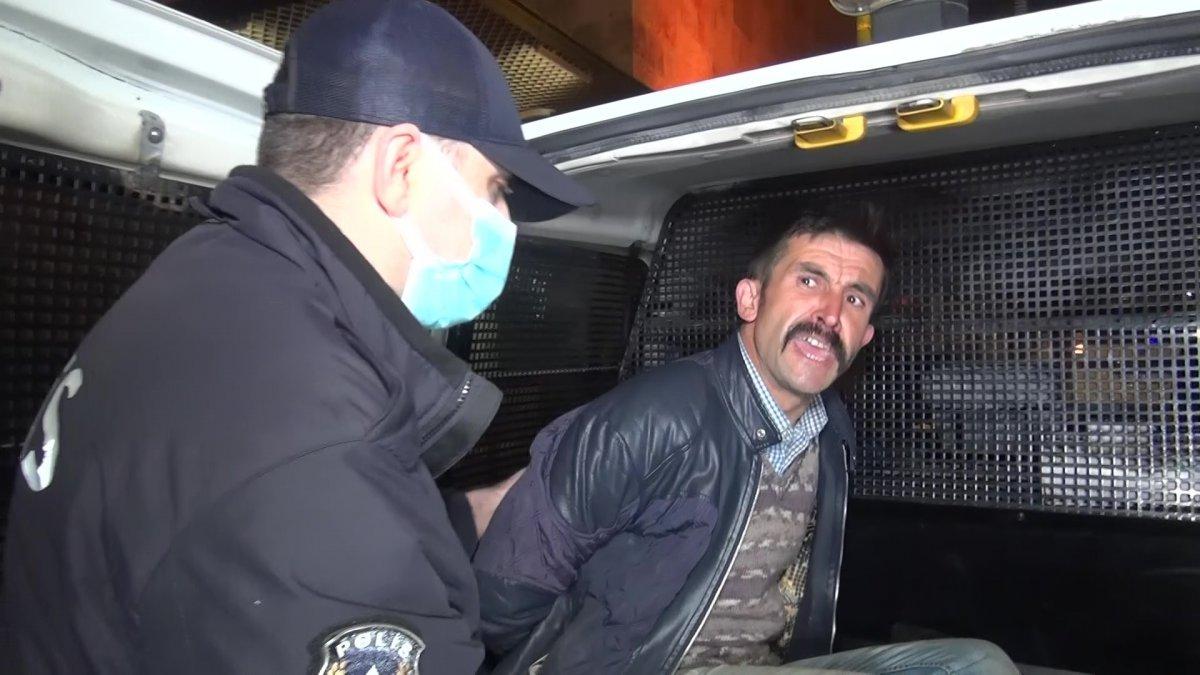 Bursa da Ulu Cami ye balyozlu saldırı #9