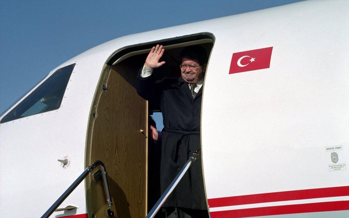 Turgut Özal ın ölümünün üzerinden 28 yıl geçti #1