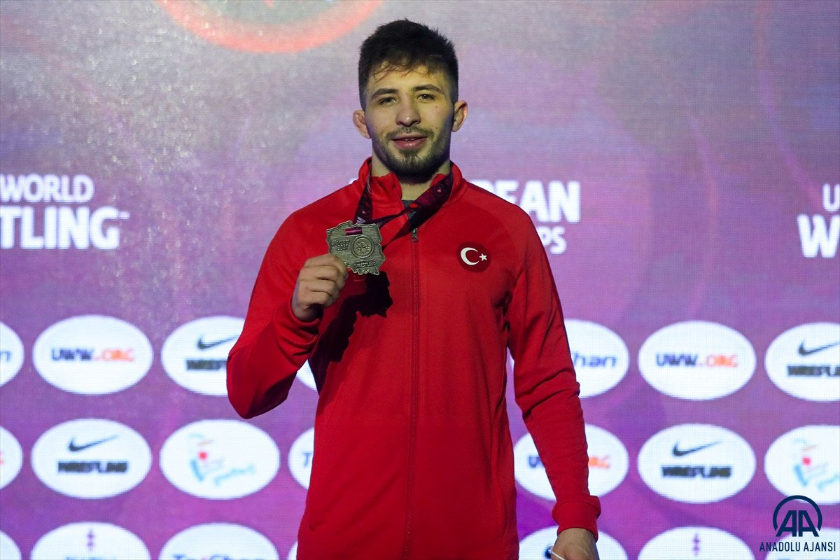 Milli güreşçi Süleyman Atlı, Avrupa şampiyonu oldu #2