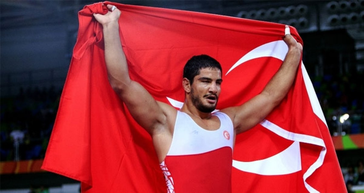 Milli güreşçi Süleyman Atlı, Avrupa şampiyonu oldu #3