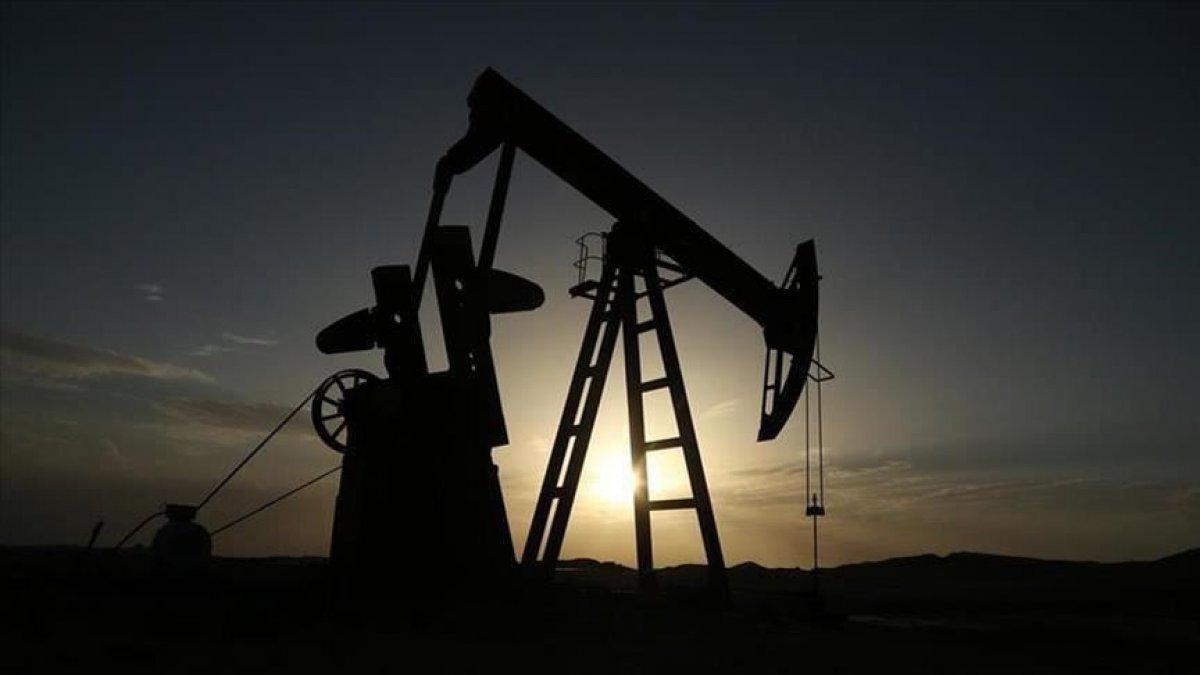 Brent Petrol petrol stoku