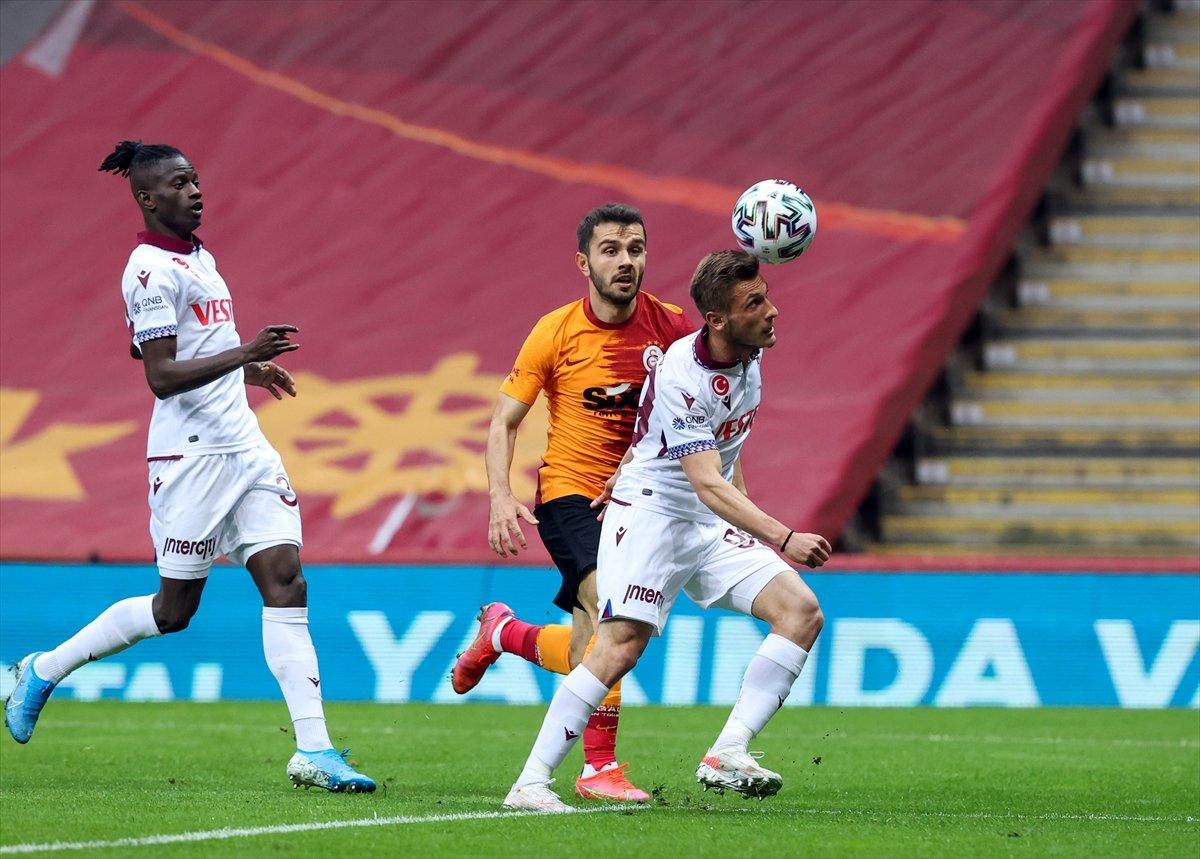 Galatasaray evinde Trabzonspor la berabere kaldı #1
