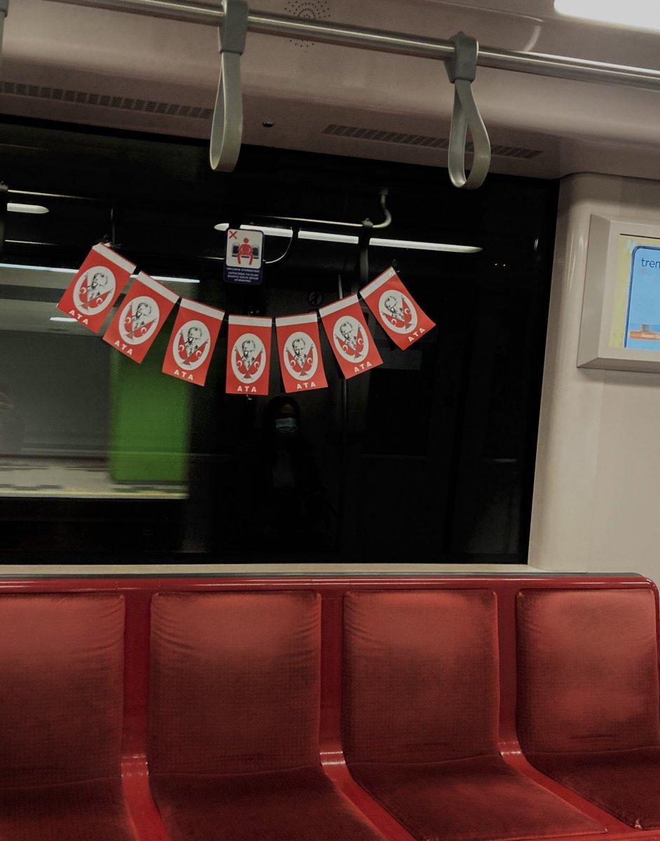 İBB nin metroları bayrakla süslemesinin maliyeti belli oldu #3