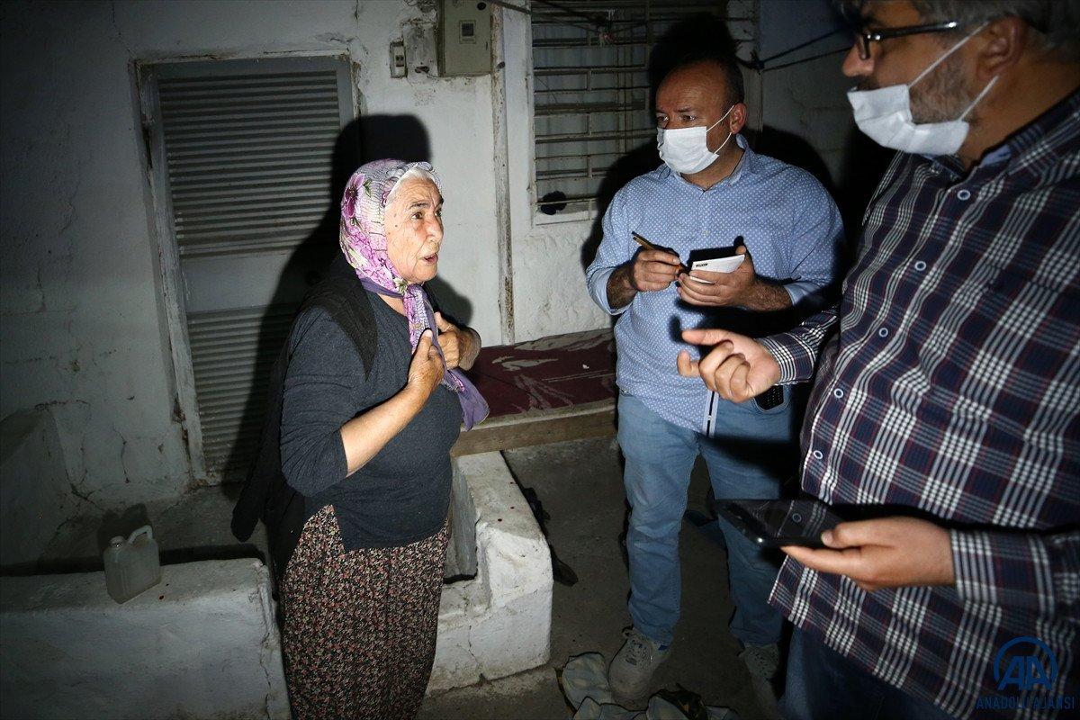 Adana da bir kişi tartıştığı babası ve ağabeyini bıçaklayarak öldürdü #1