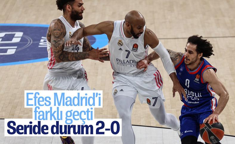 Anadolu Efes, Real Madrid'i farklı yendi