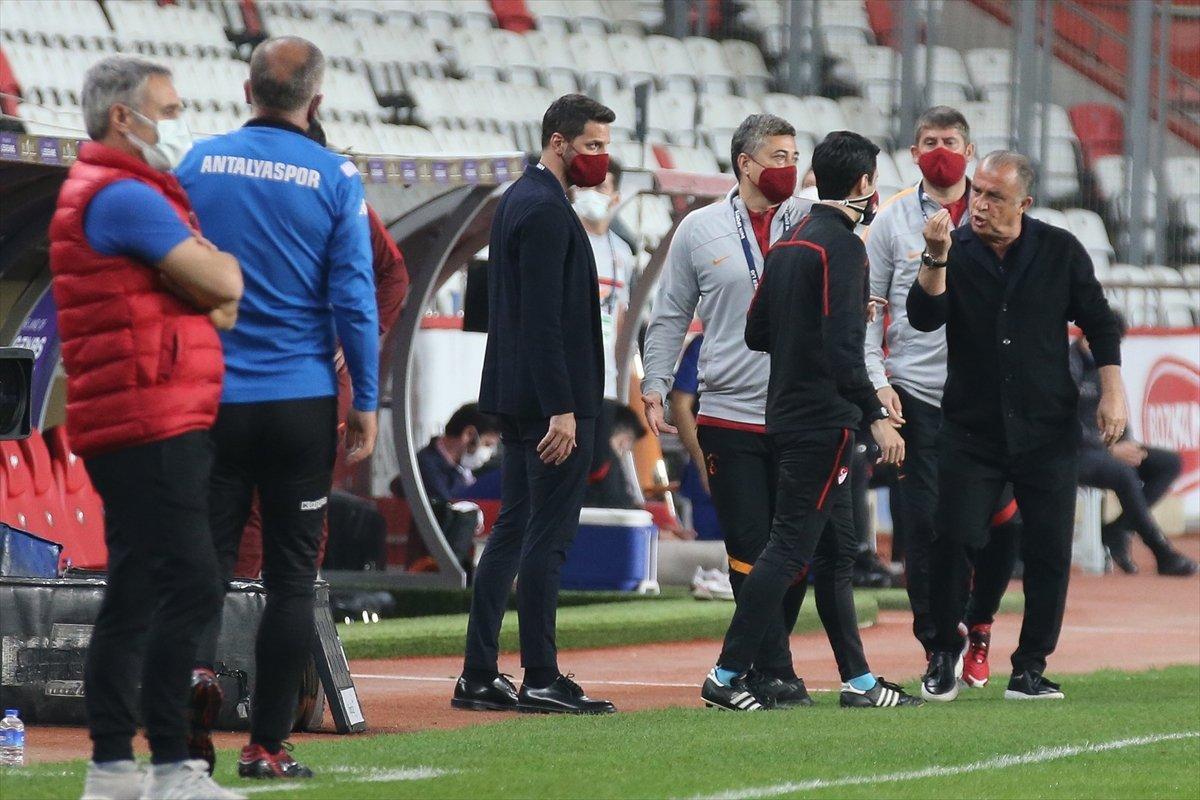 Galatasaray deplasmanda Antalyaspor u mağlup etti #6