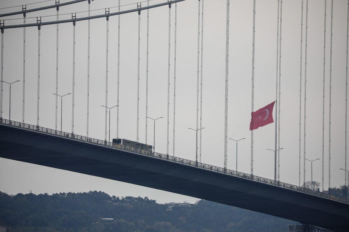 İstanbul da en uzun Türk bayrağı dalgalanıyor #5