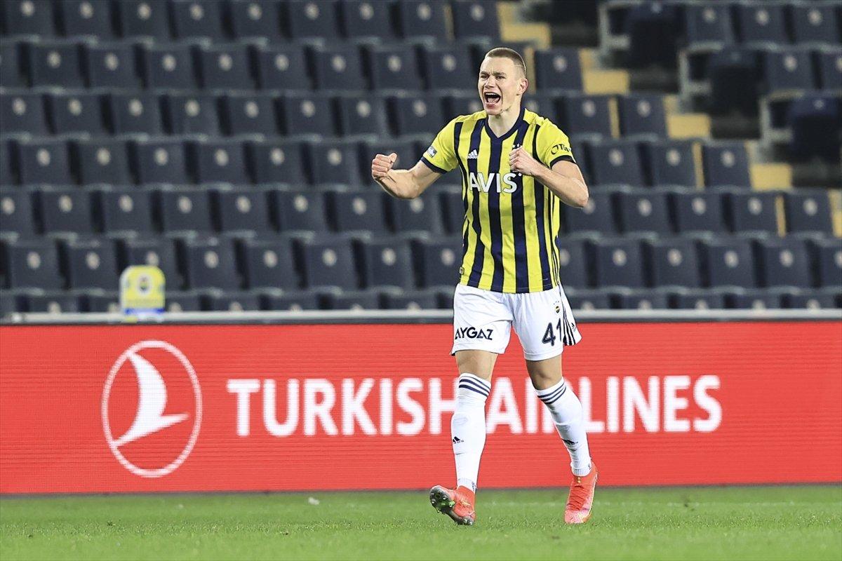 Fenerbahçe, Kasımpaşa yı 3 golle yendi #2