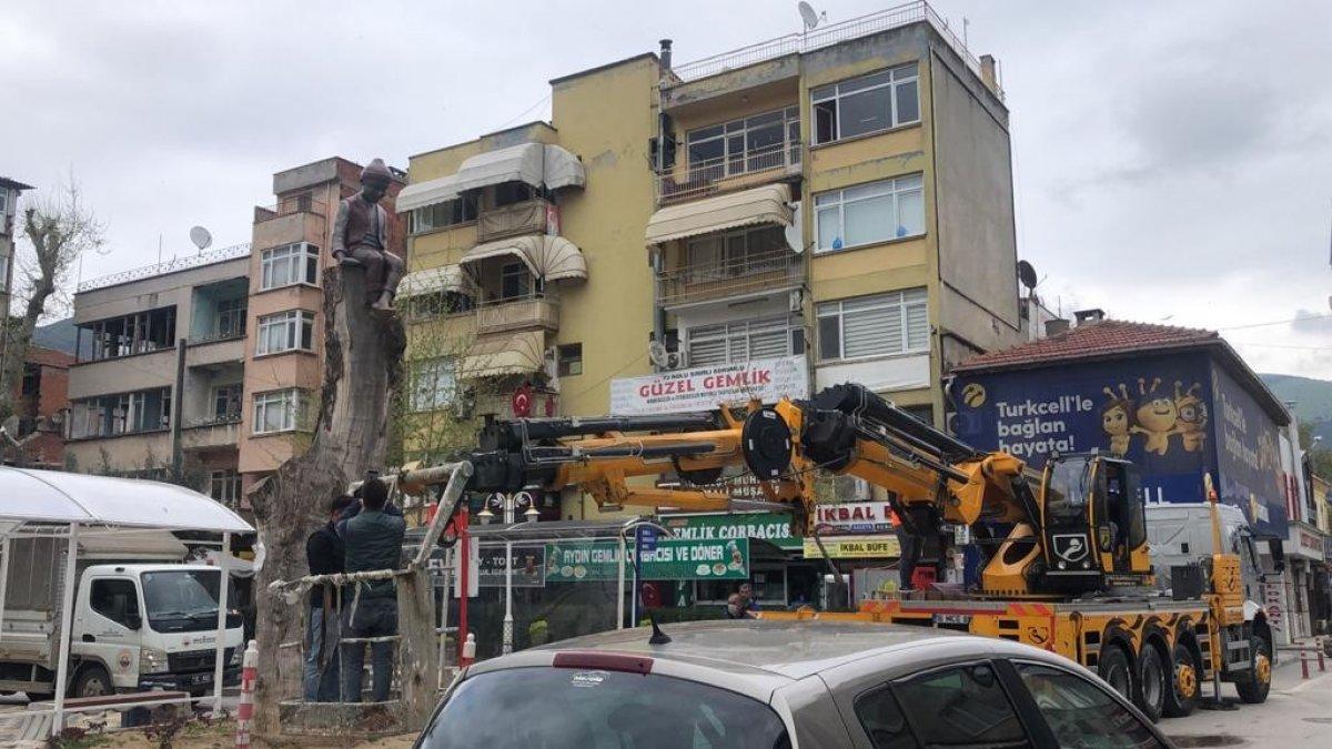 CHP'li Gemlik Belediyesi'nden Keloğlan heykeli  #2