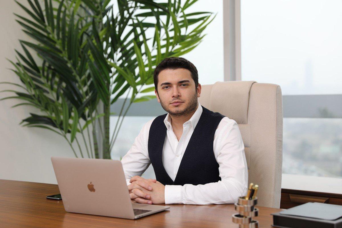 Faruk Fatih Özer in kardeşi Serap Özer e gözaltı #1