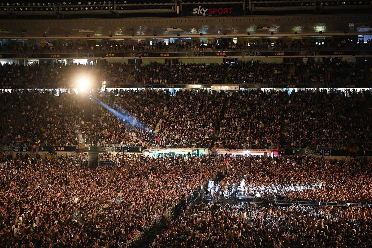 Yeni Zelanda'da 50 bin kişilik konser  #2