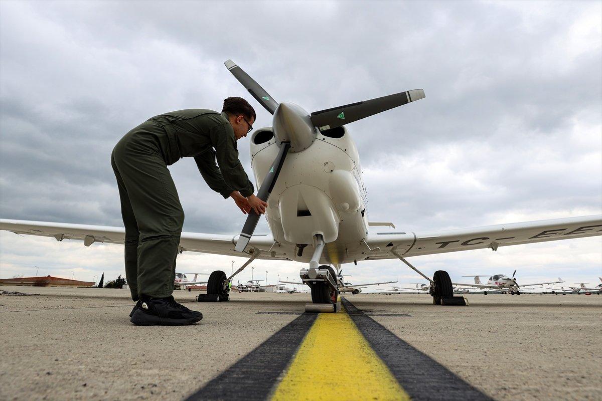 Türkiye nin 17 yaşındaki en genç pilotu #2