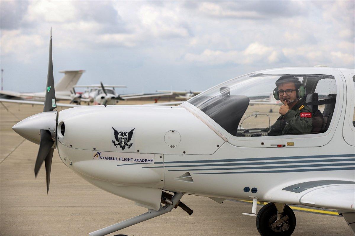 Türkiye nin 17 yaşındaki en genç pilotu #6