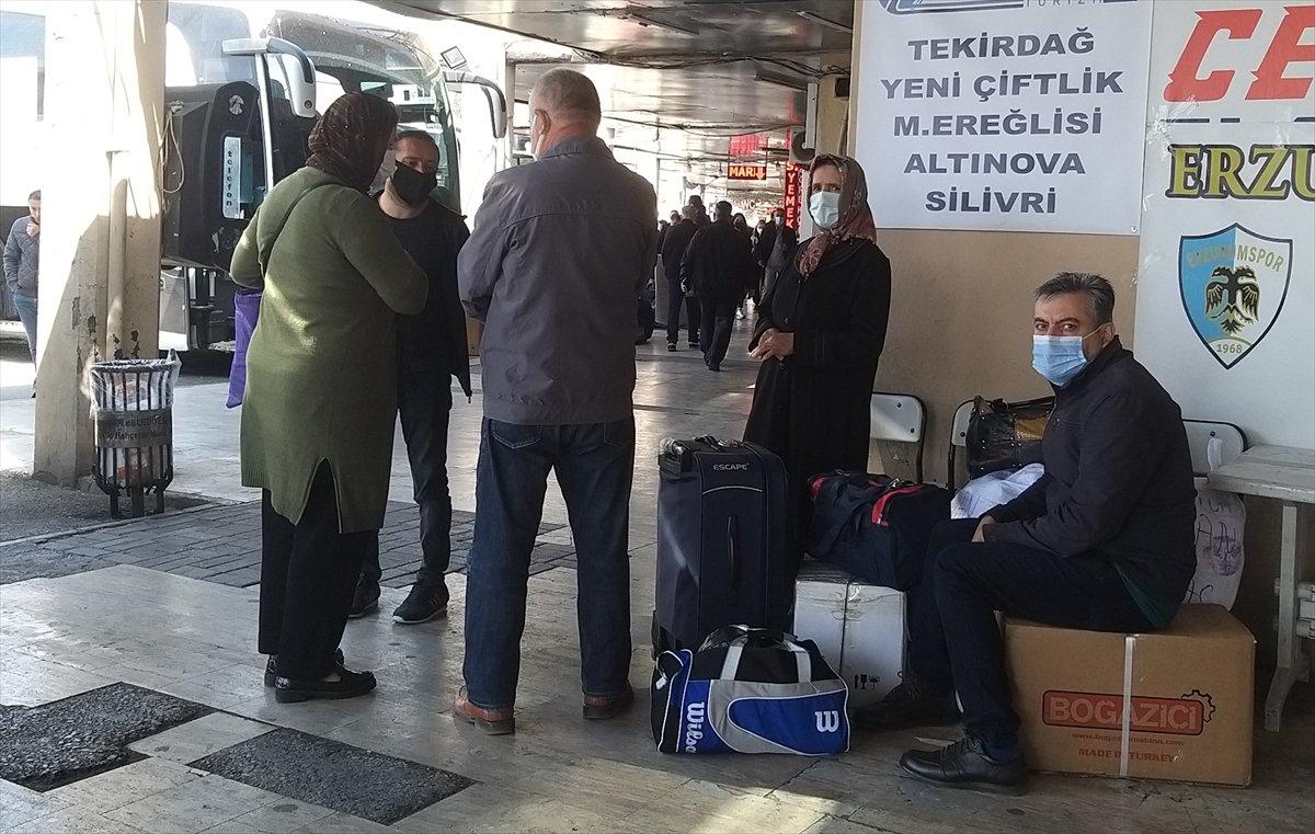 İstanbul da otogarlarda  tam kapanma  yoğunluğu #3