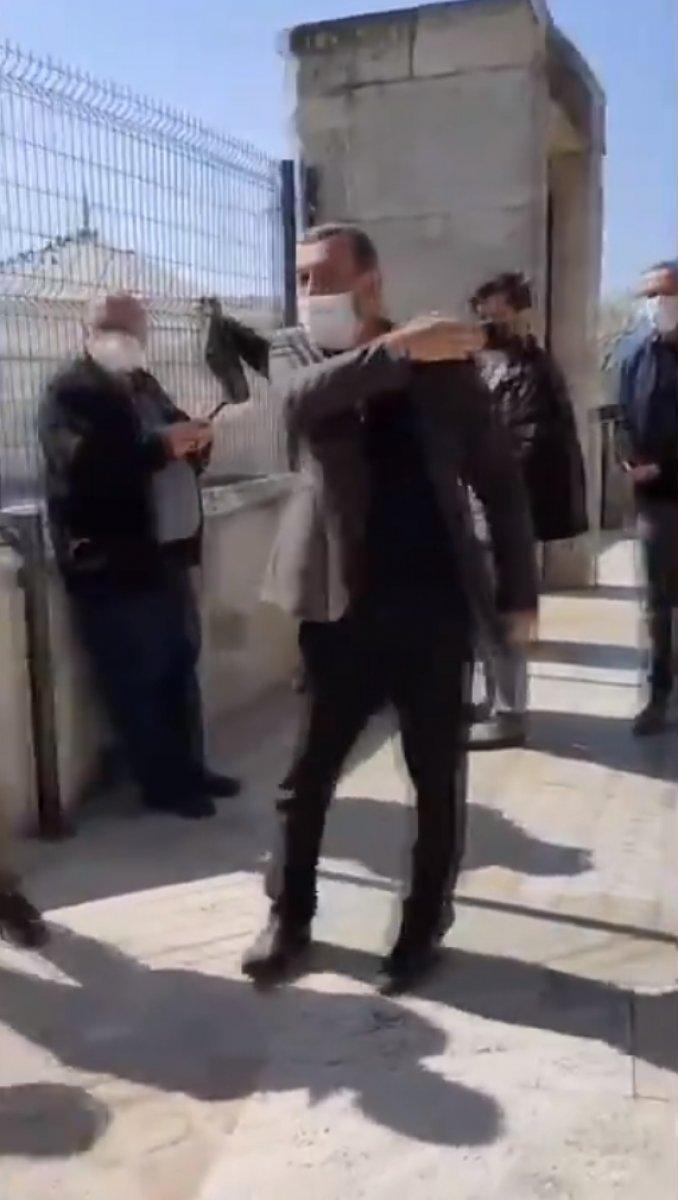 Üsküdar da kadınlar camiye giremez kavgası #2