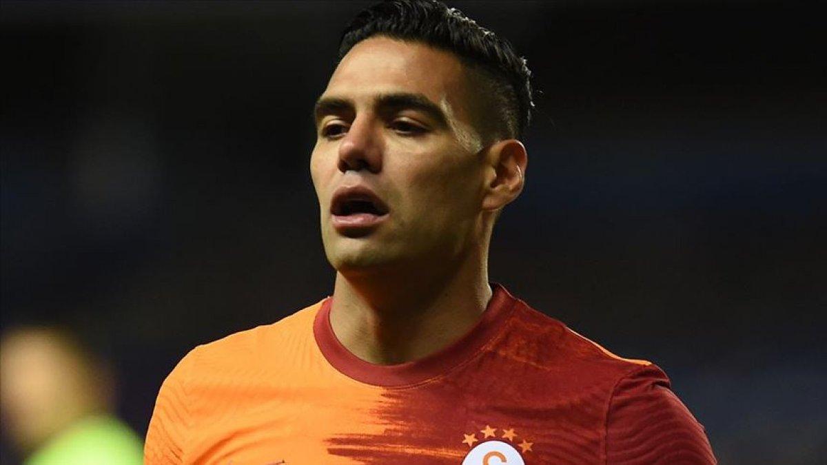 Galatasaray da Falcao ve Feghouli ile yollar ayrılıyor #3