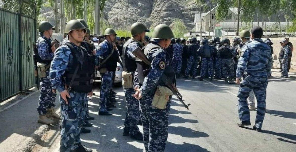 Kırgızistan-Tacikistan sınırındaki çatışmada ölü sayısı 39 a ulaştı #3