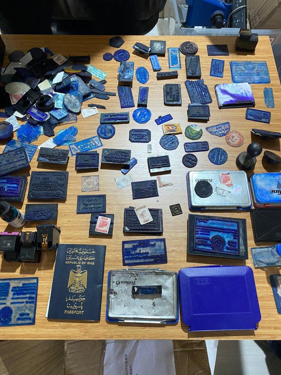 İstanbul da sahte pasaport çetesine operasyon: 2 gözaltı #5